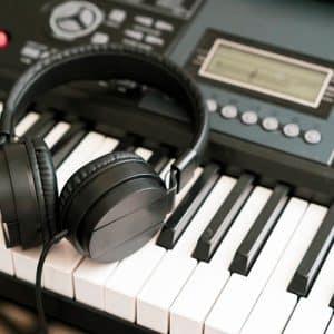 Read more about the article נמנעים לשחרר את המוסיקה שלכם לעולם?